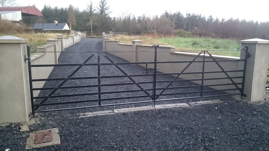 Estate gates – pair with angle braces, Ennistymon, Co Clare