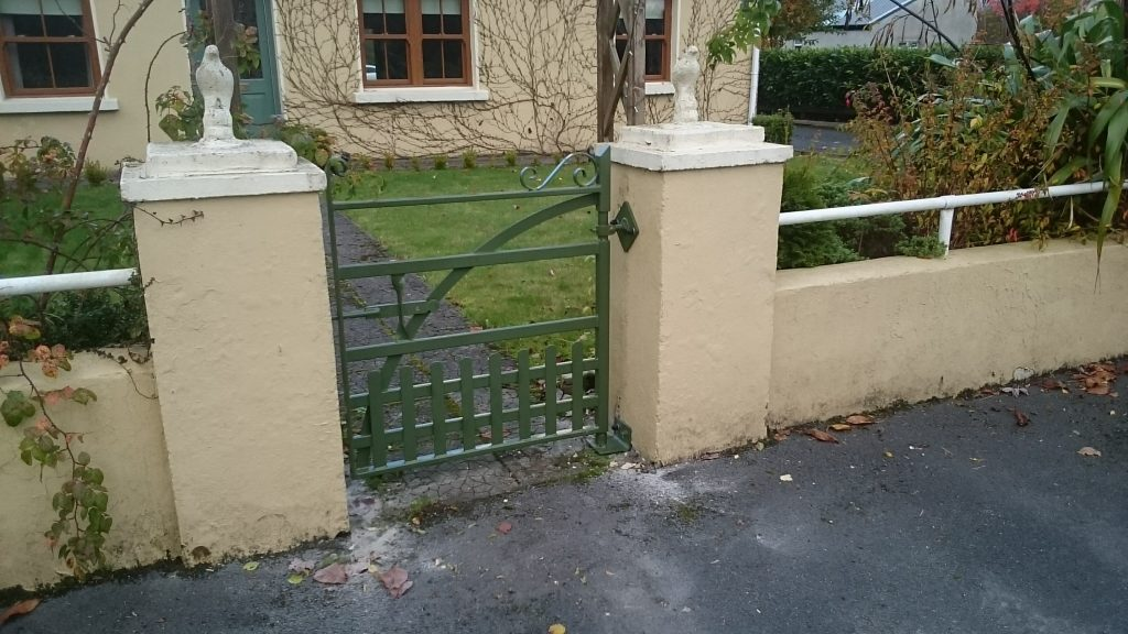 Manor pedestrian gate with pales, Woodford, Co Galway