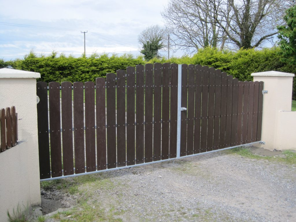 Entrance gate with recycled plastic vertical pales, 'Glasson Style', Co Westmeath.