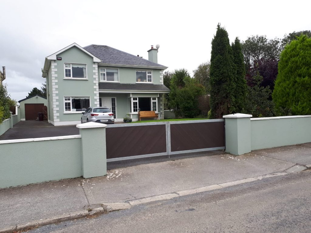 Dunmore gates with brown boards, Loughrea, Co Galway